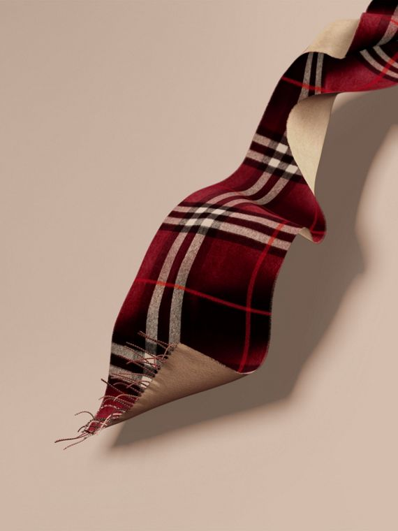 Reversible Check Cashmere and Block-colour Scarf Claret