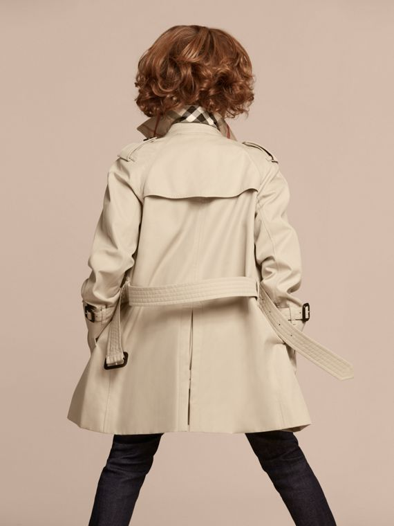 The Wiltshire – Heritage Trench Coat in Stone - Boy | Burberry Canada - cell image 3
