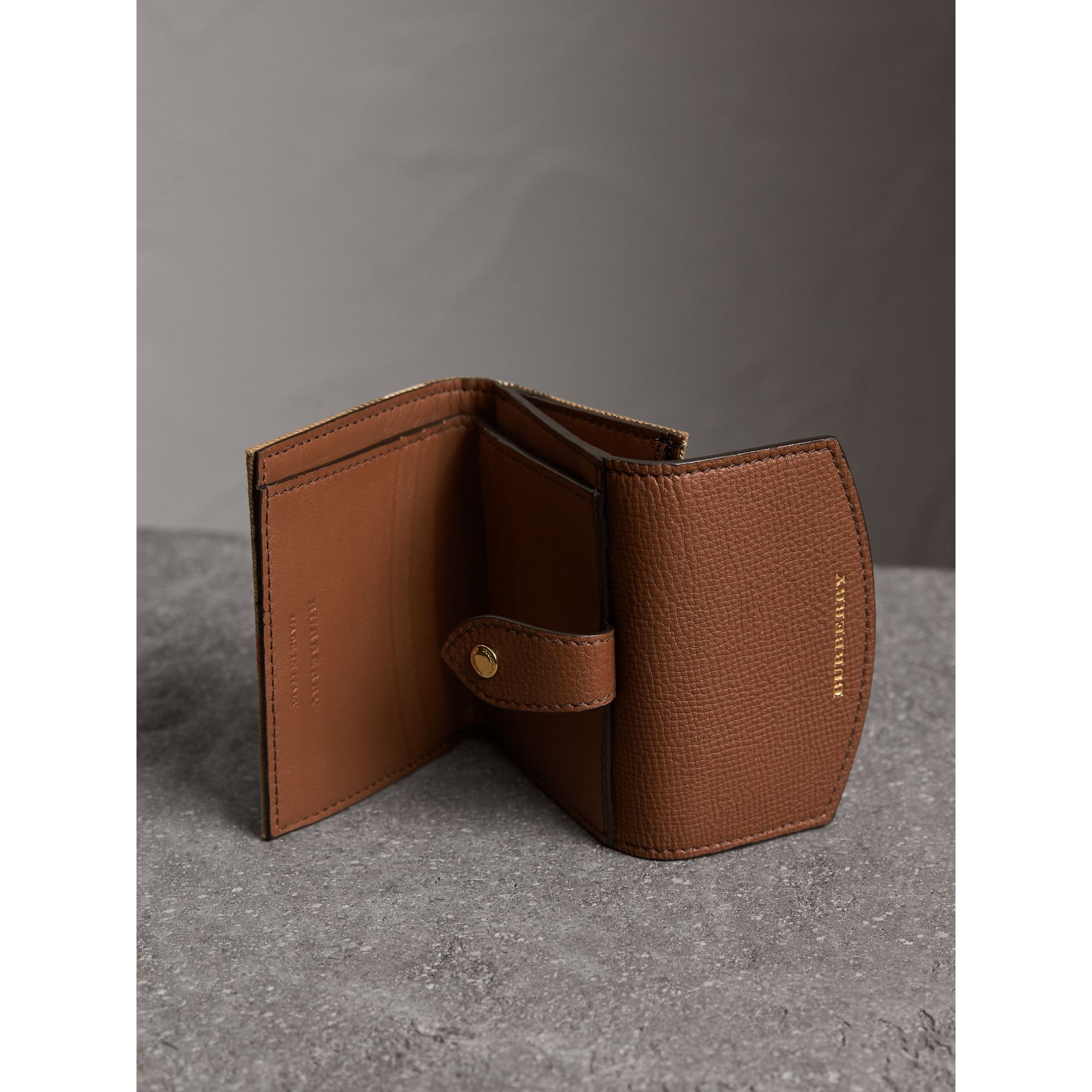 House Check and Leather Wallet in Tan - Women | Burberry Singapore - gallery image 4