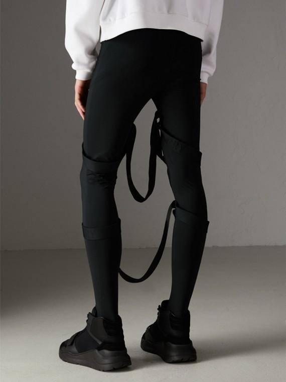 Leggings de malha com detalhe de tiras (Preto) | Burberry - cell image 2