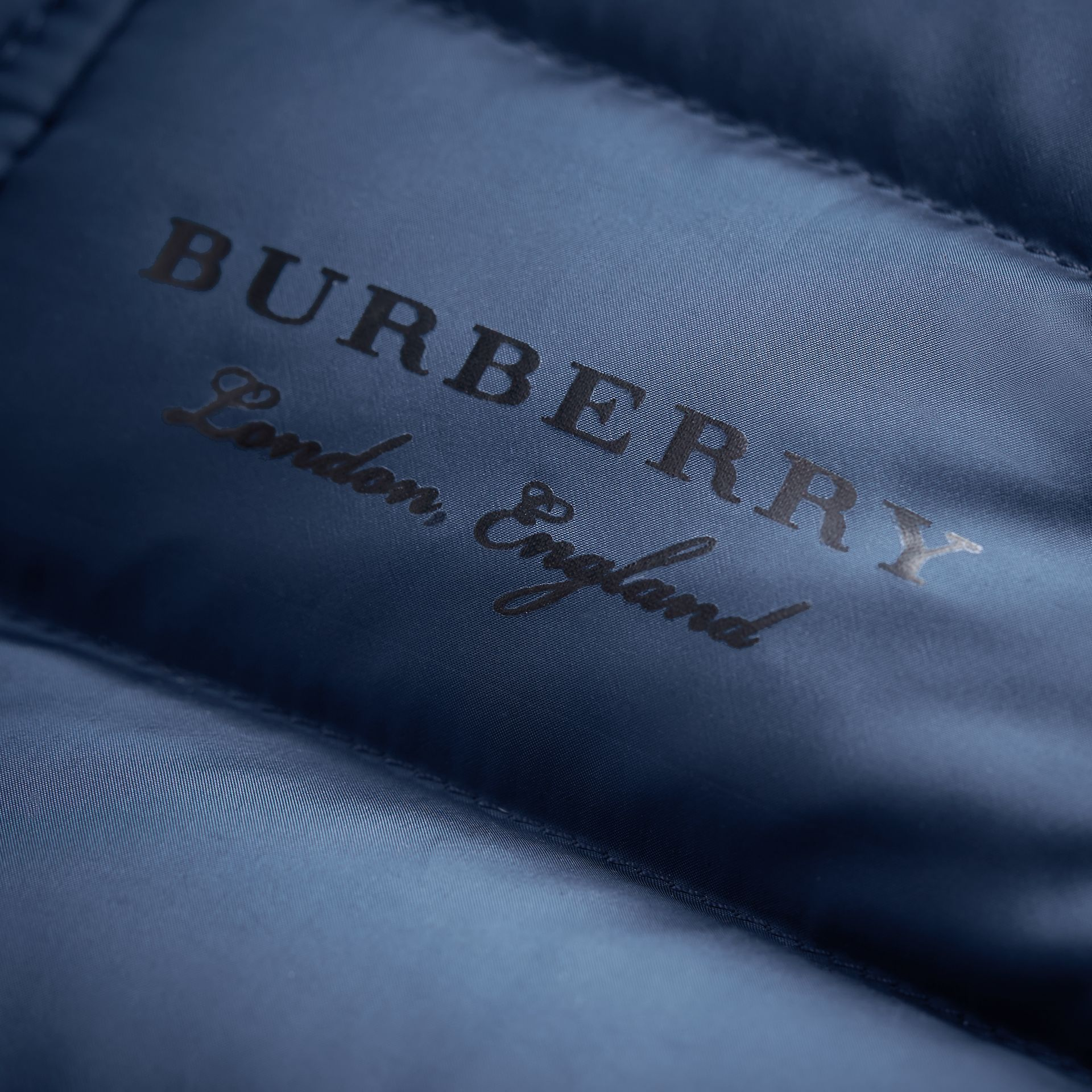 Shower-resistant Hooded Puffer Jacket in Ink Blue | Burberry Australia - gallery image 2