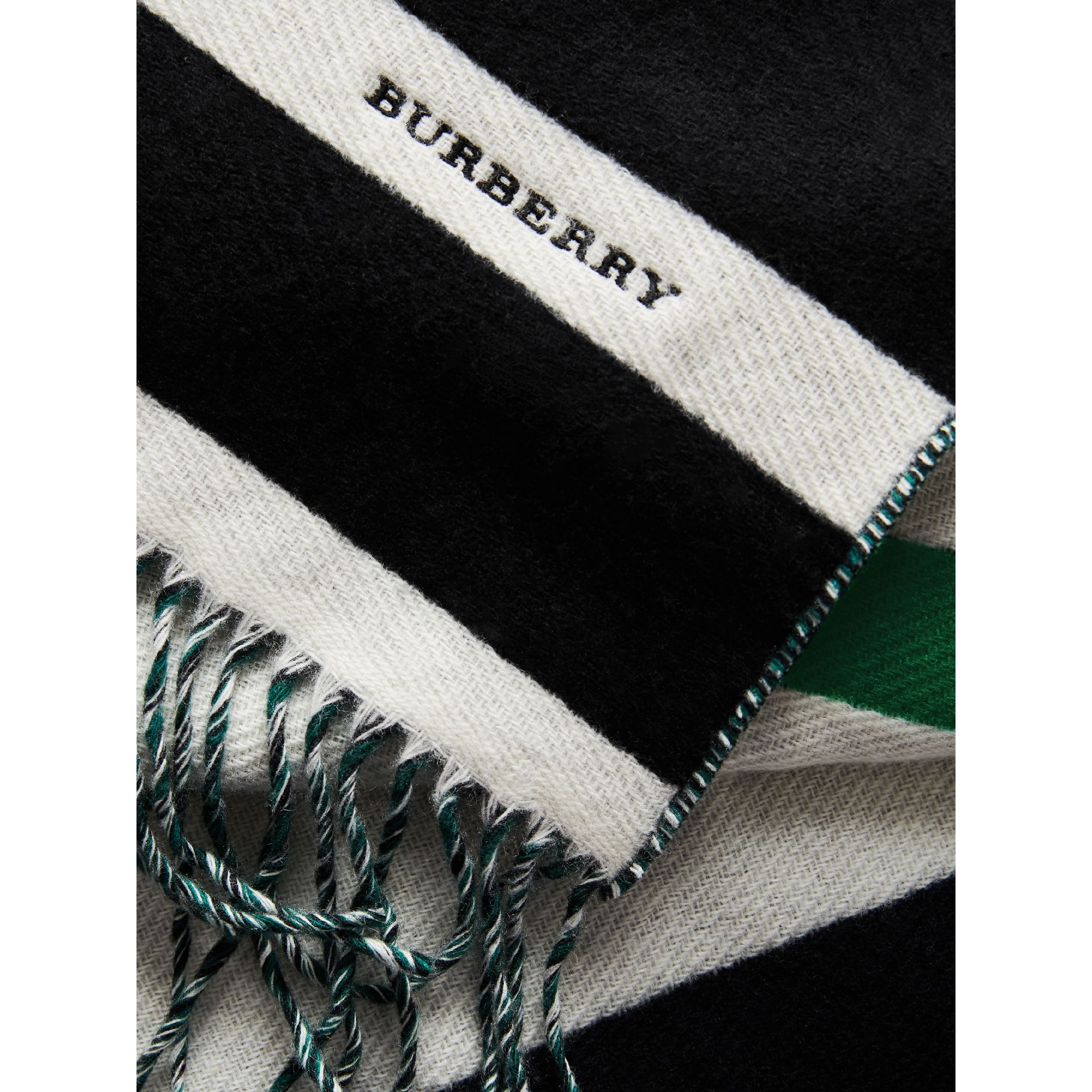 Colour-block Striped Wool Cashmere Scarf in Emerald Green/black | Burberry - gallery image 2