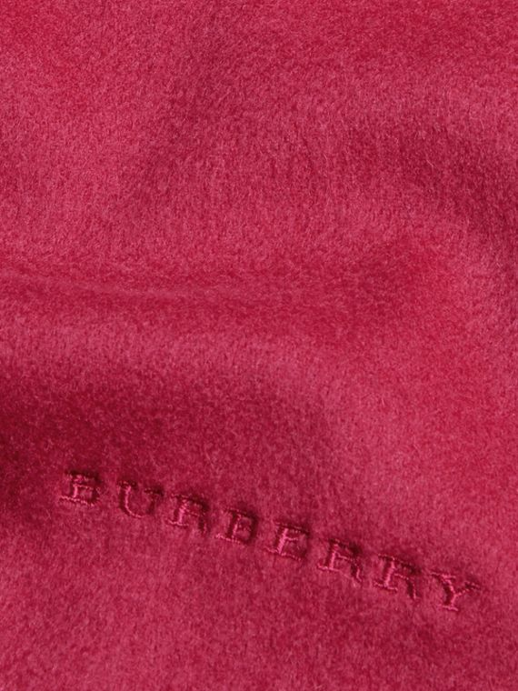 Fuchsia pink The Mini Classic Cashmere Scarf - cell image 3