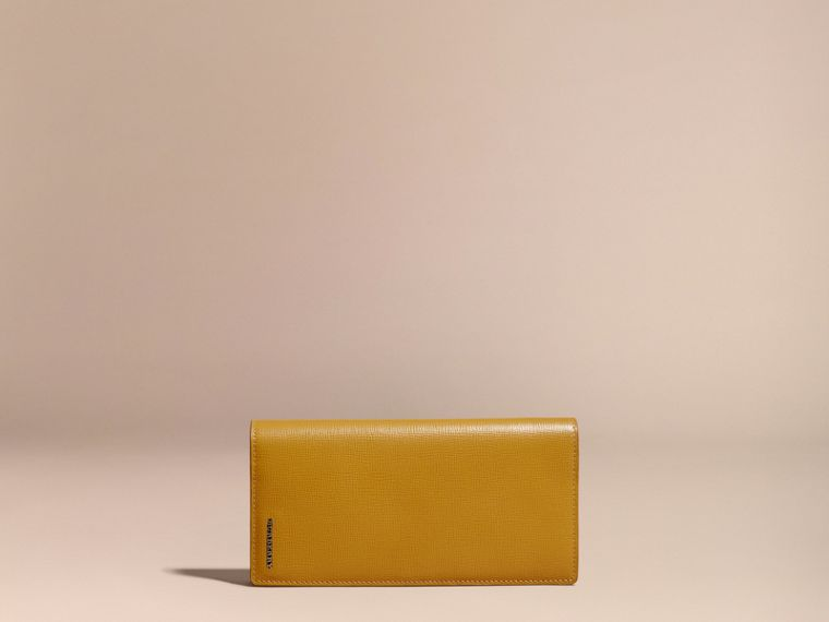London Leather Continental Wallet in Larch Yellow - cell image 4