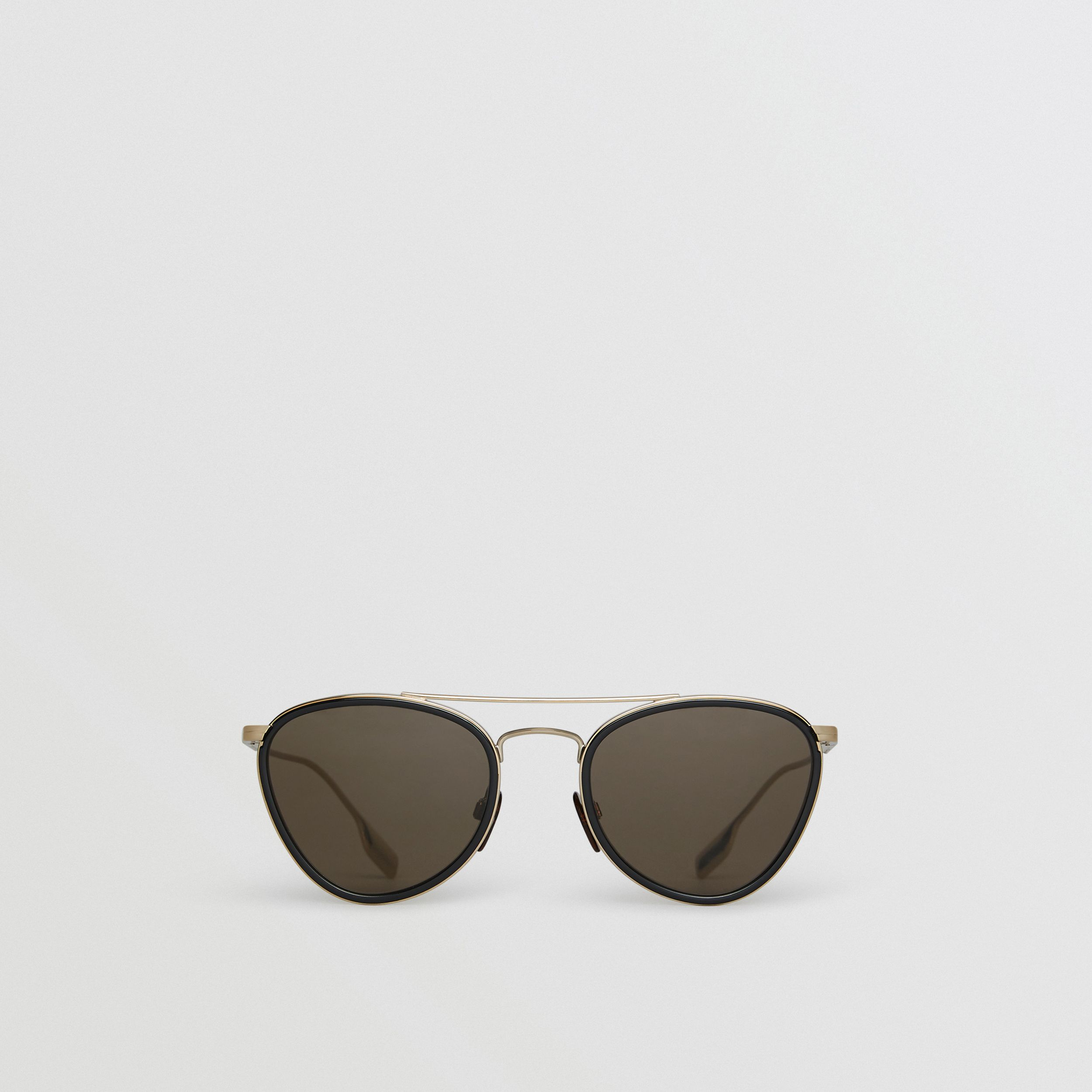 Pilot Sunglasses in Black - Women | Burberry United Kingdom - 1