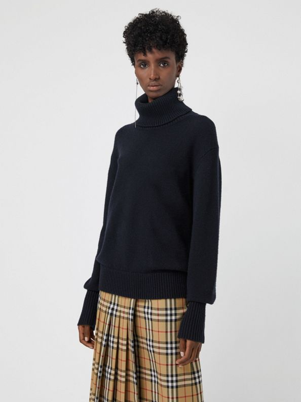 Embroidered Crest Cashmere Roll-neck Sweater in Navy