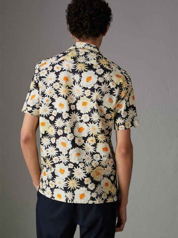Short-sleeve Daisy Print Cotton Utility Shirt in Black - Men | Burberry - cell image 2