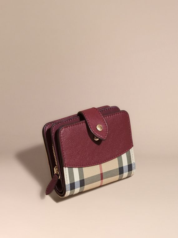 Horseferry Check and Leather Wallet Dark Plum