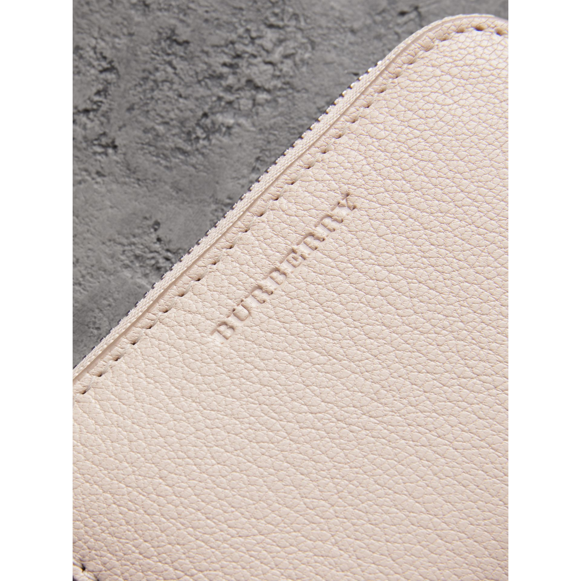 Link Detail Leather Ziparound Wallet in Stone - Women | Burberry Canada - gallery image 1