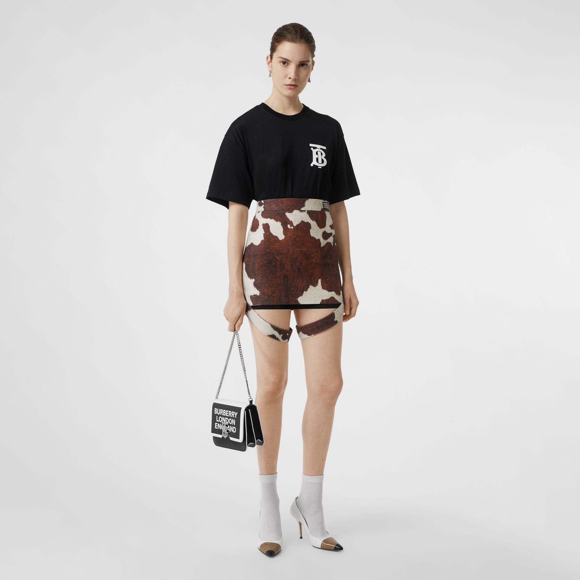 Monogram Motif Cotton Oversized T-shirt in Black - Women | Burberry - gallery image 0