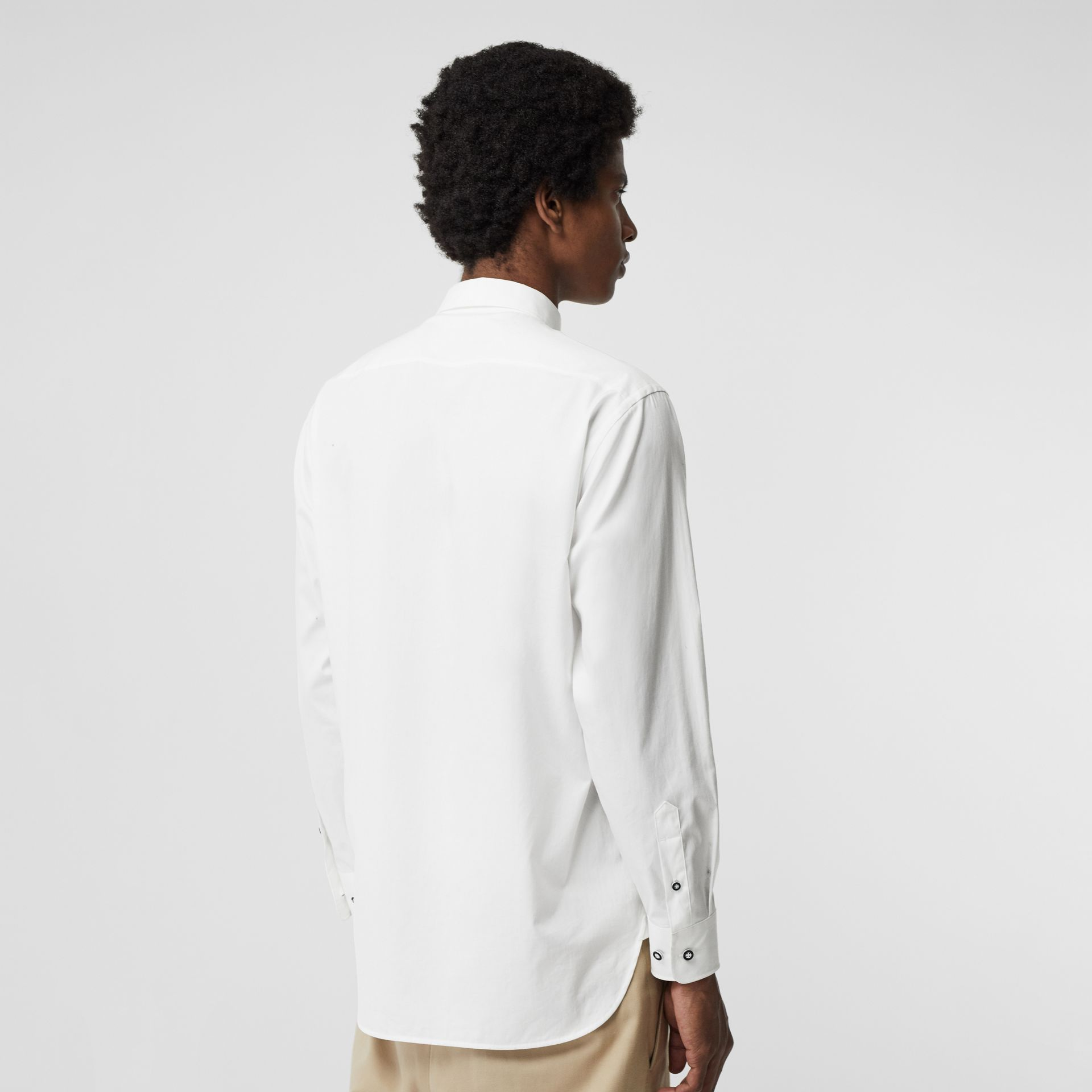 Contrast Button Stretch Cotton Shirt in White - Men | Burberry United Kingdom - gallery image 2