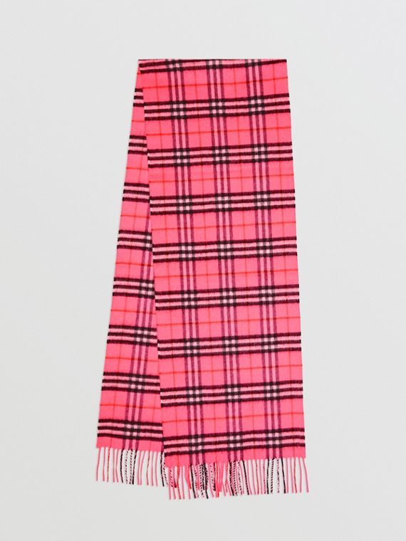 The Classic Vintage Check Cashmere Scarf in Bright Pink