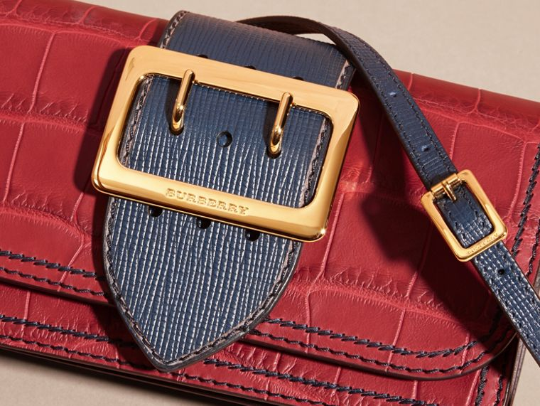 The Small Buckle Bag in Alligator and Leather Garnet Red/sapphire - cell image 1