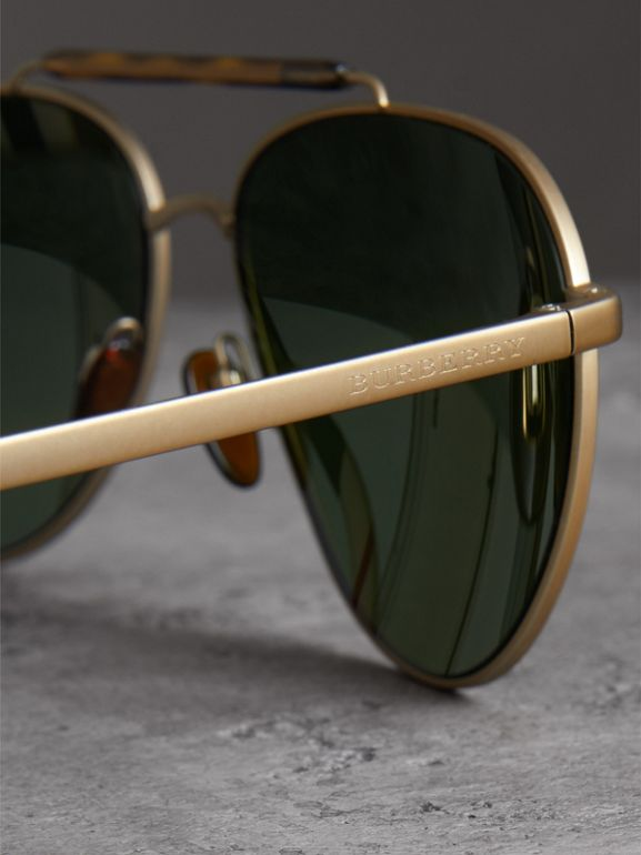 Top Bar Detail Pilot Sunglasses in Green - Men | Burberry Canada - cell image 1