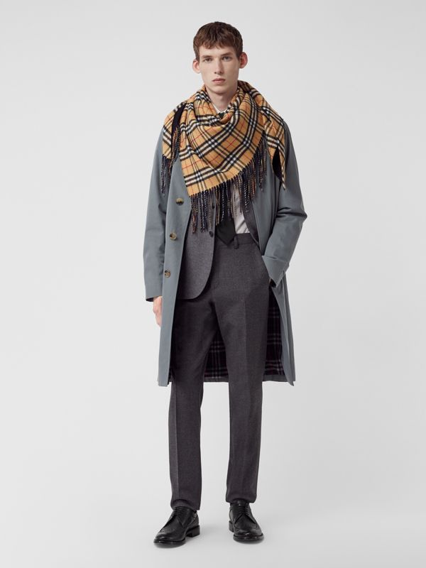 The Burberry Bandana in cashmere con motivo Vintage check (Blu Carbonio) | Burberry - cell image 3