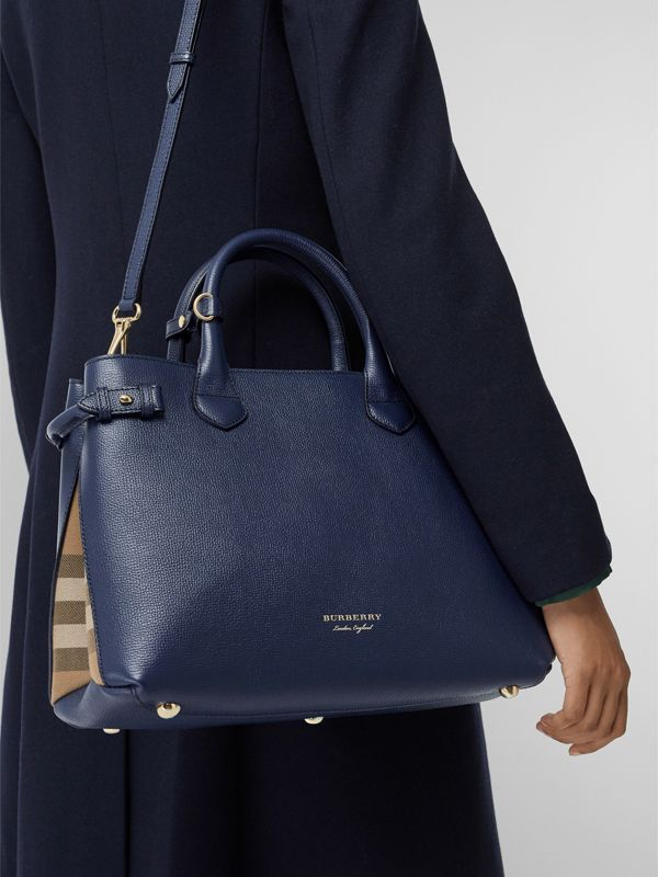 The Medium Banner in Leather and House Check in Ink Blue - Women | Burberry - cell image 3