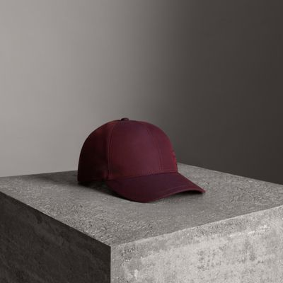 Embroidered Archive Logo Baseball Cap in Red