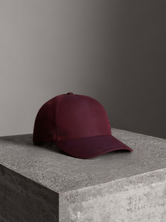 Archive Logo Baseball Cap in Boysenberry