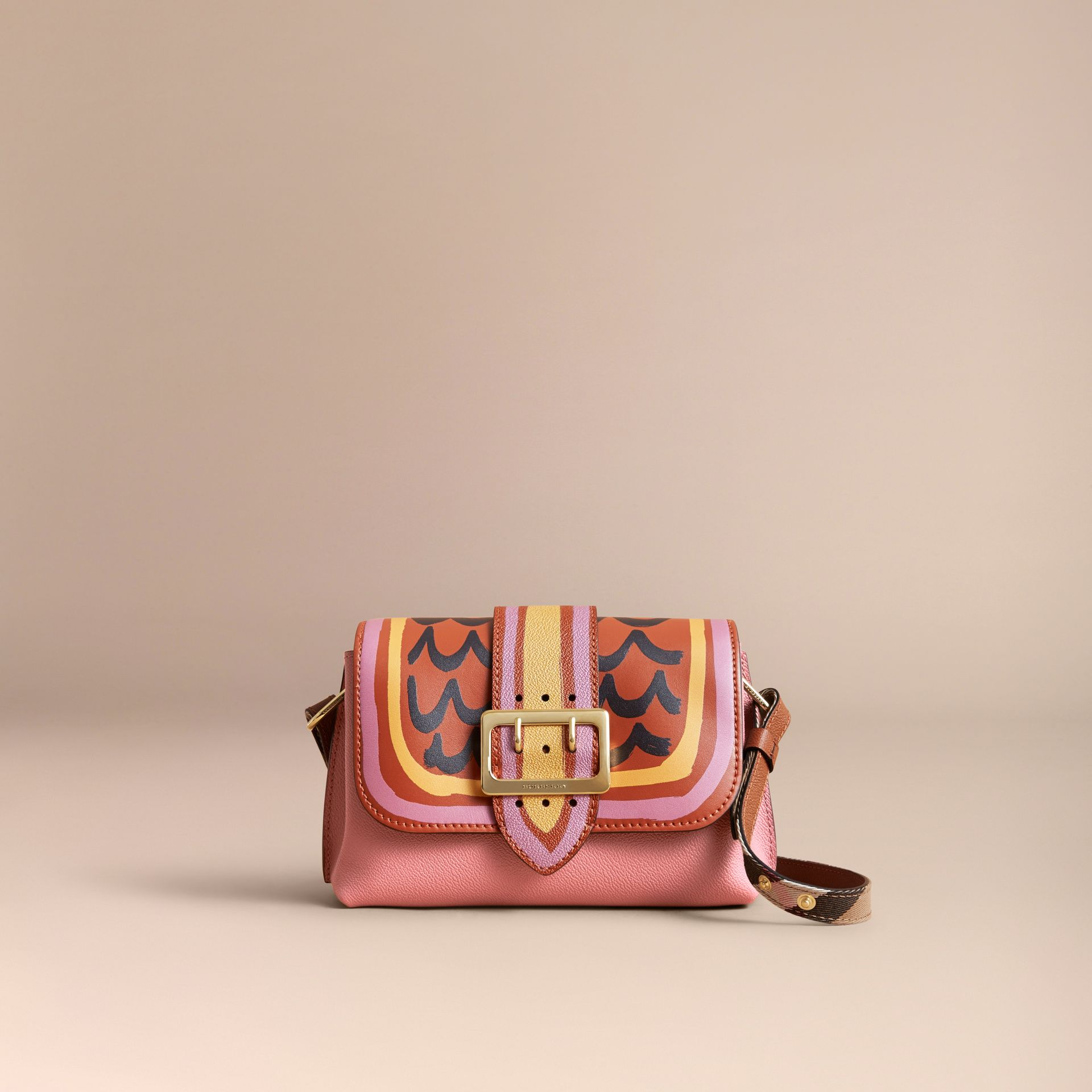 The Buckle Crossbody Bag in Trompe L'oeil Leather in Dusty Pink/bright Toffee - gallery image 7