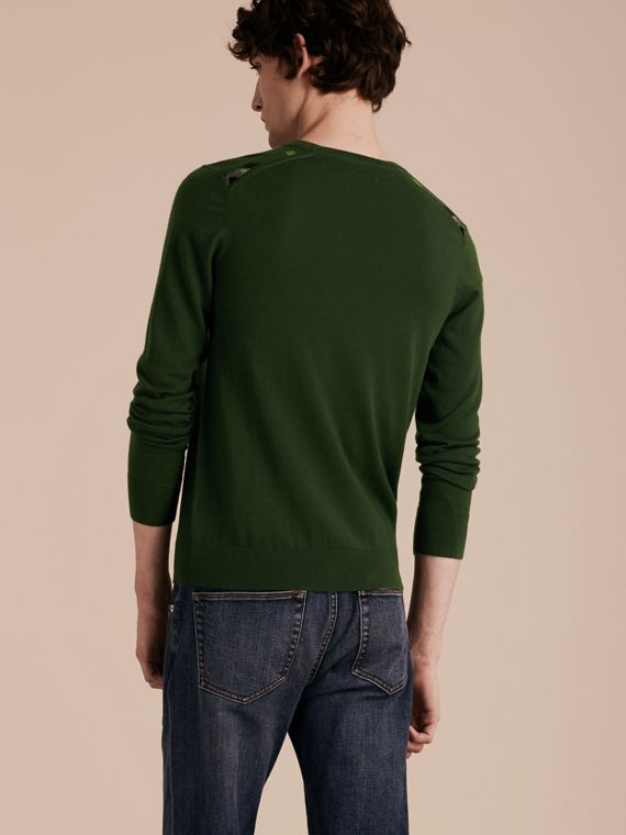 Olive green Lightweight Crew Neck Cashmere Sweater with Check Trim Olive Green - cell image 2