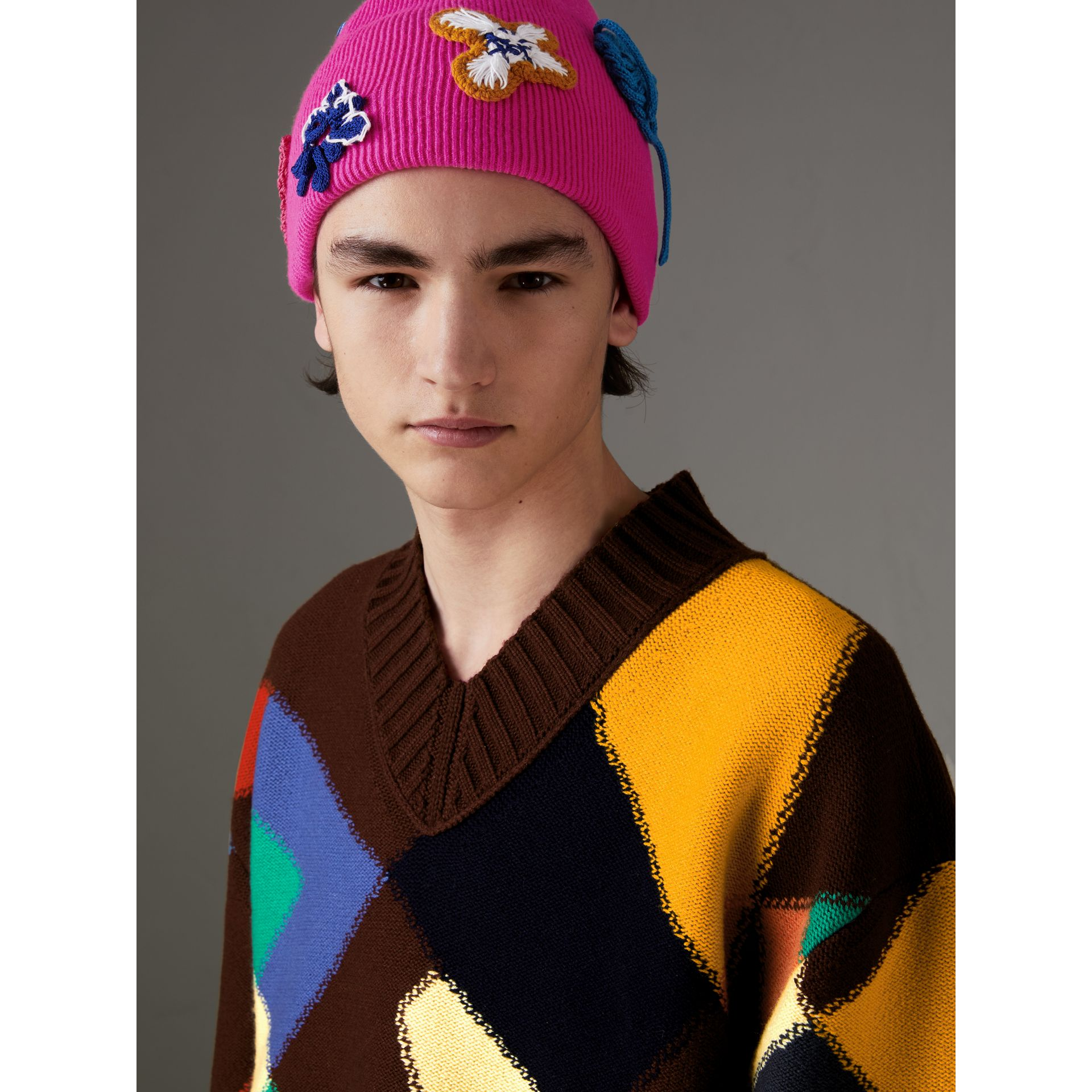 Floral Crochet Cashmere Blend Beanie in Fuchsia Pink | Burberry United Kingdom - gallery image 3