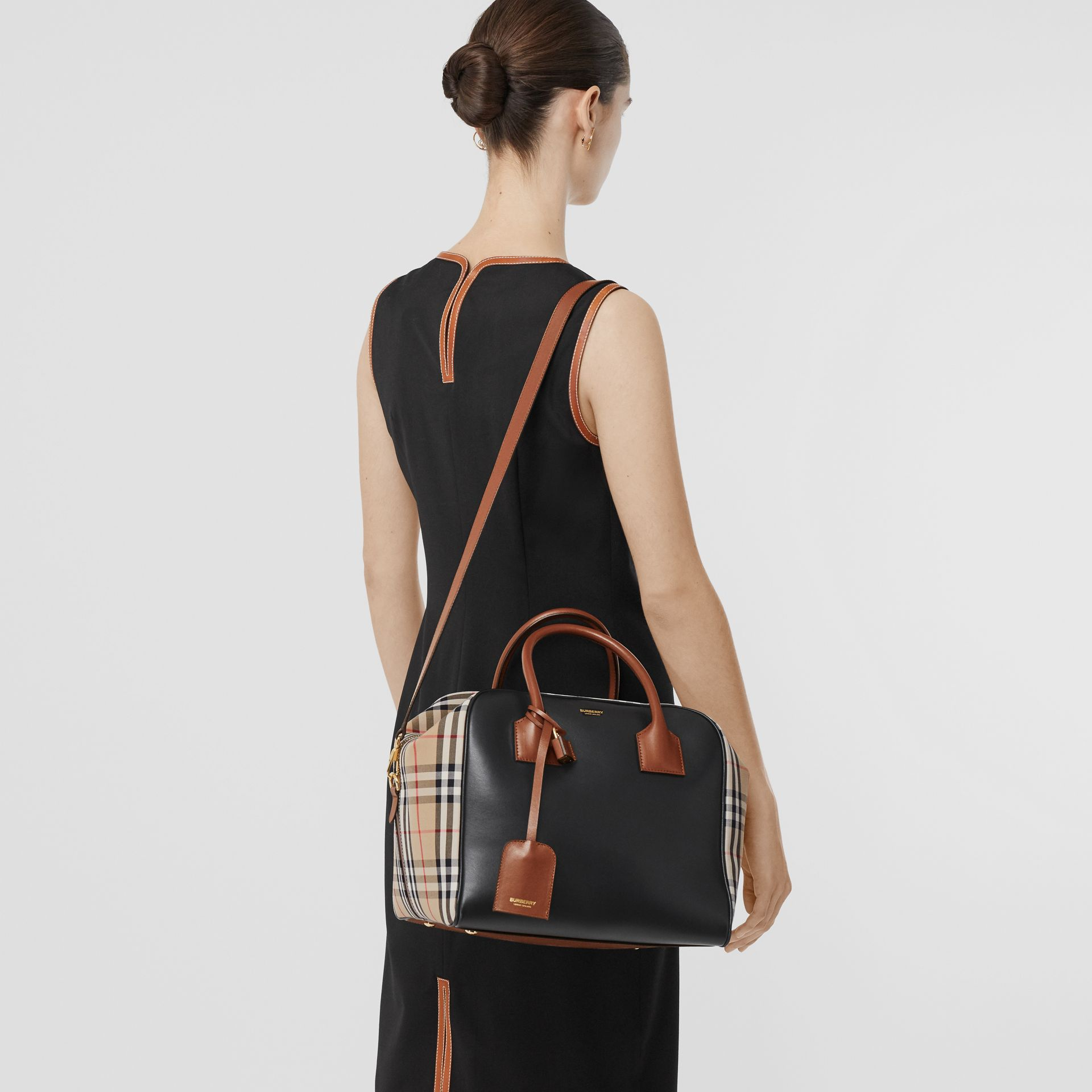 Medium Leather and Vintage Check Cube Bag in Archive Beige - Women | Burberry - gallery image 2