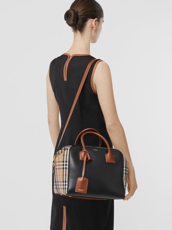Medium Leather and Vintage Check Cube Bag in Archive Beige - Women | Burberry - cell image 2