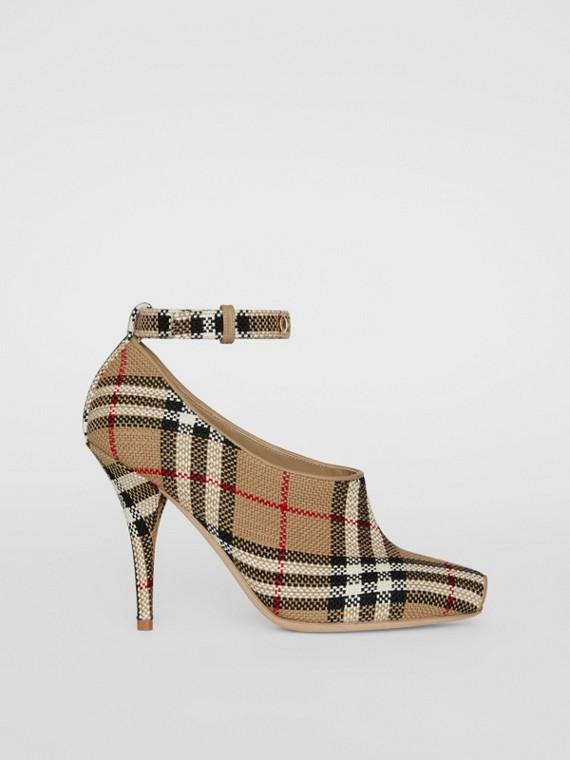 Scarpins peep-toe em Vintage Check (Bege Clássico)