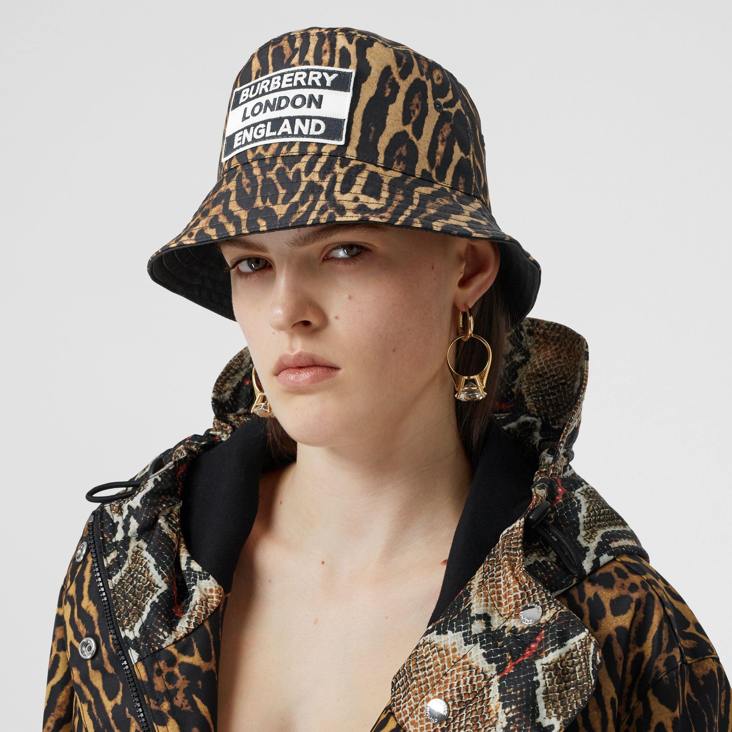 Reversible Logo Appliqué Leopard Print Bucket Hat | Burberry - 3