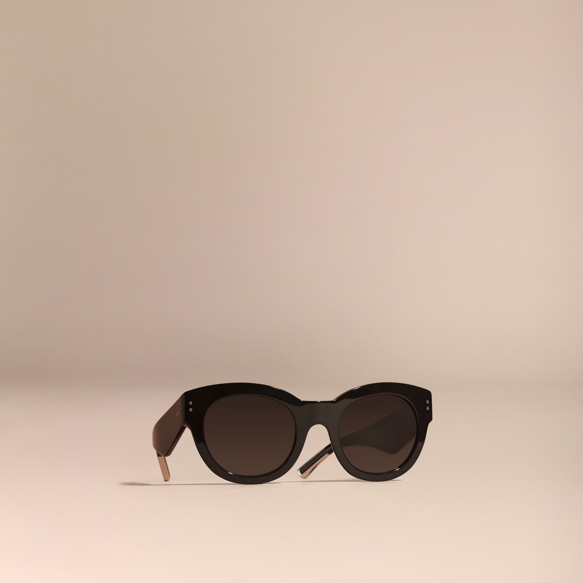 Black Cat-Eye Sunglasses Black - gallery image 1