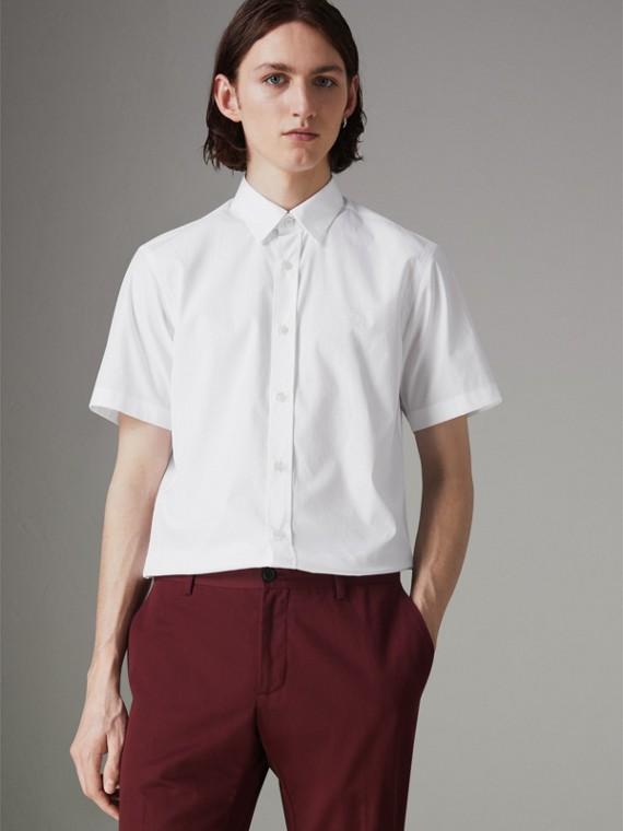 Camisa de algodão stretch com mangas curtas (Branco)