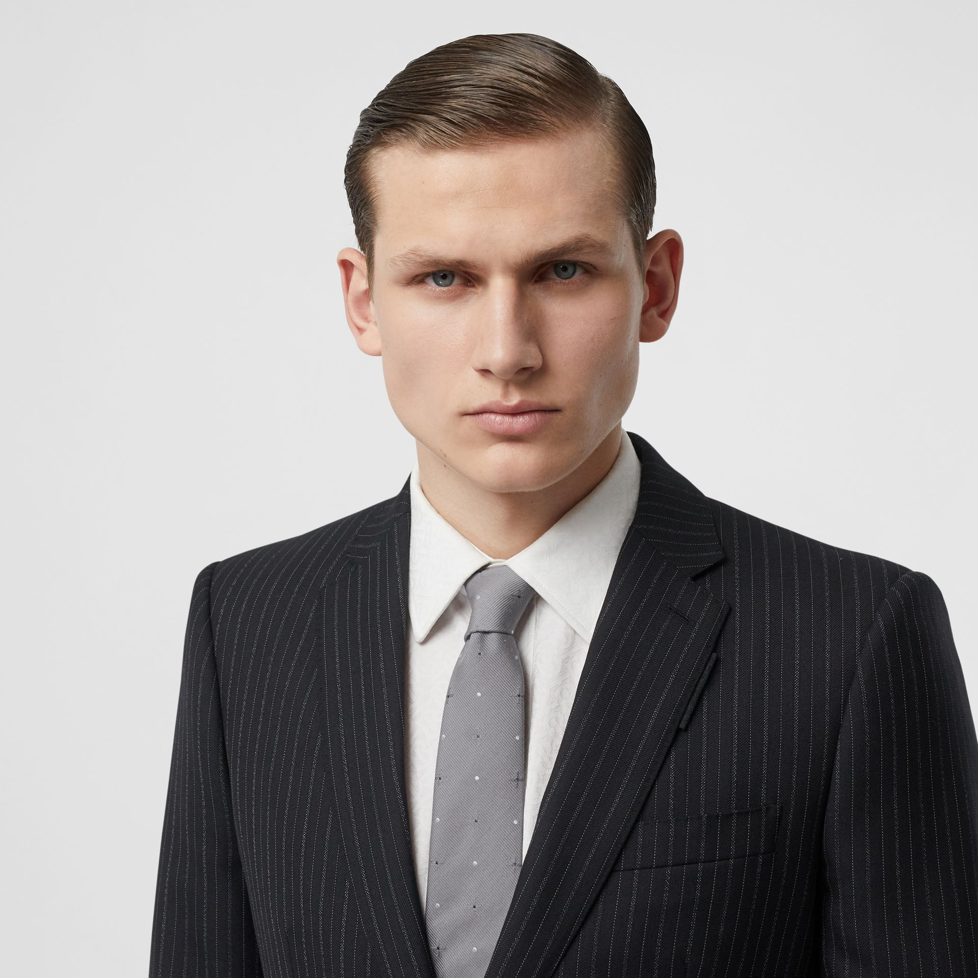 Classic Cut Graphic Silk Wool Jacquard Tie in Mid Grey - Men | Burberry United States - gallery image 2