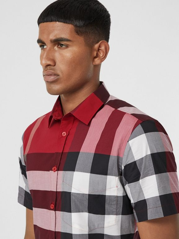 Short-sleeve Check Stretch Cotton Poplin Shirt in Parade Red - Men | Burberry - cell image 1