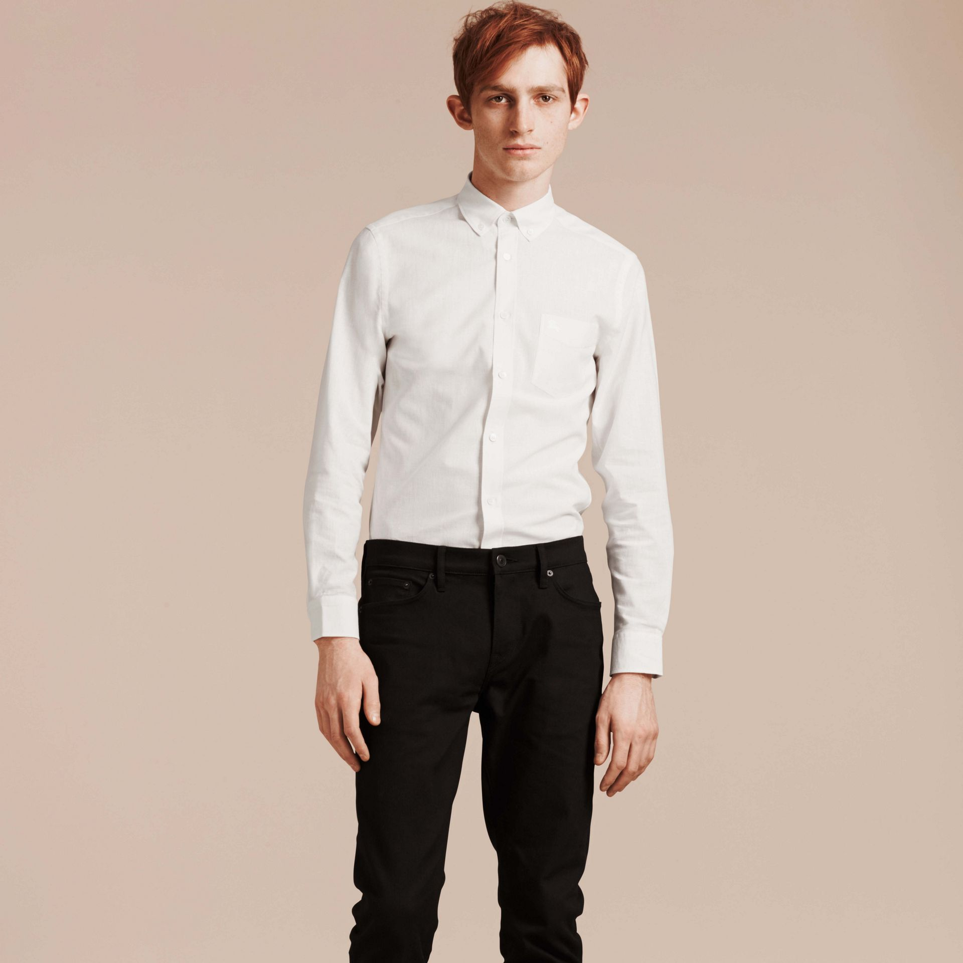 Weiss Hemd aus Baumwolle und Leinen mit Button-down-Kragen Weiss - Galerie-Bild 5