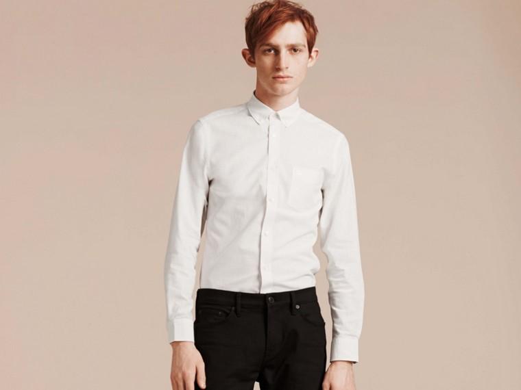 Weiss Hemd aus Baumwolle und Leinen mit Button-down-Kragen Weiss - cell image 4