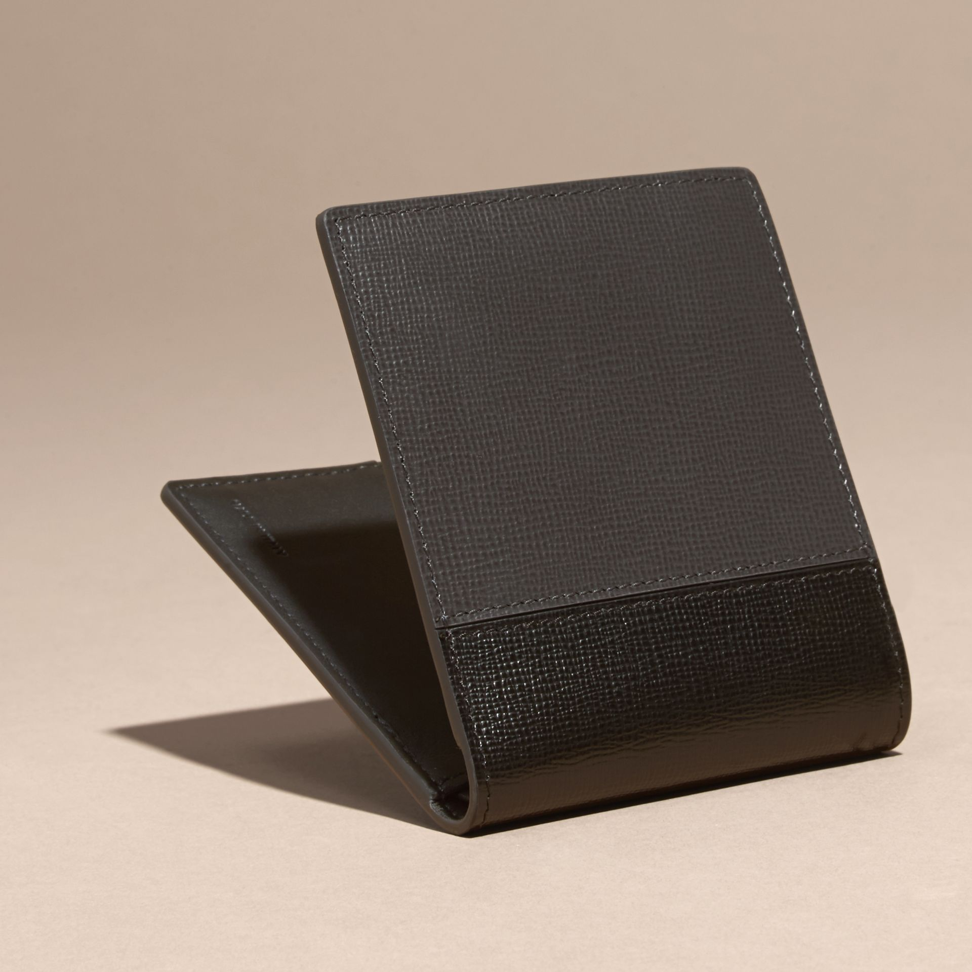 Charcoal/black Panelled London Leather Folding Wallet Charcoal/black - gallery image 4