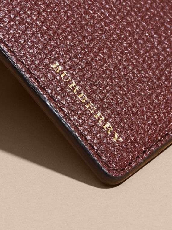 House Check and Grainy Leather Continental Wallet in Wine | Burberry - cell image 3