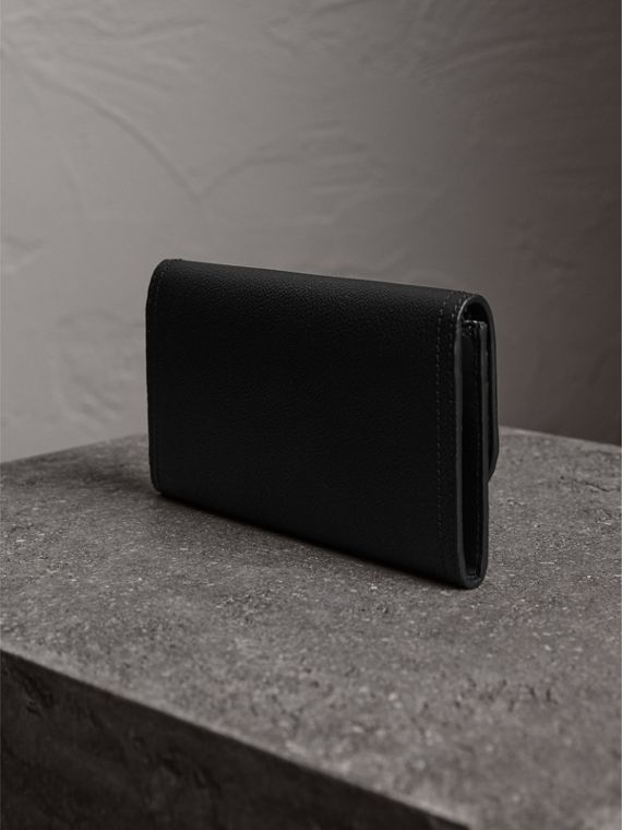 Grainy Leather Slim Continental Wallet in Black - Women | Burberry Canada - cell image 2
