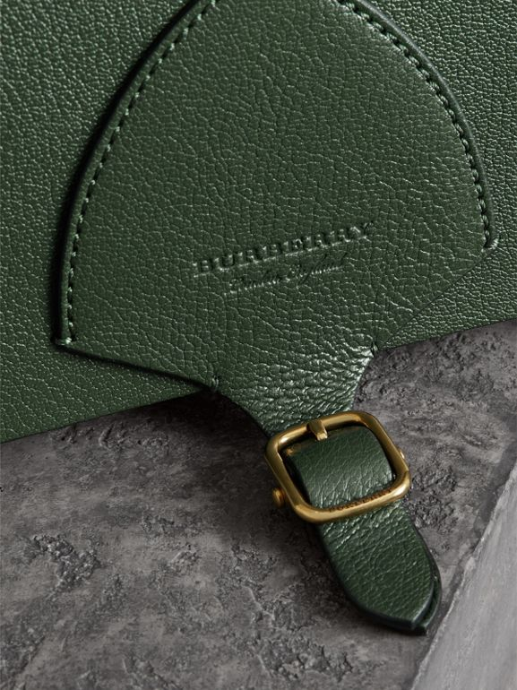 The Square Satchel in Leather in Dark Forest Green - Women | Burberry United Kingdom - cell image 1