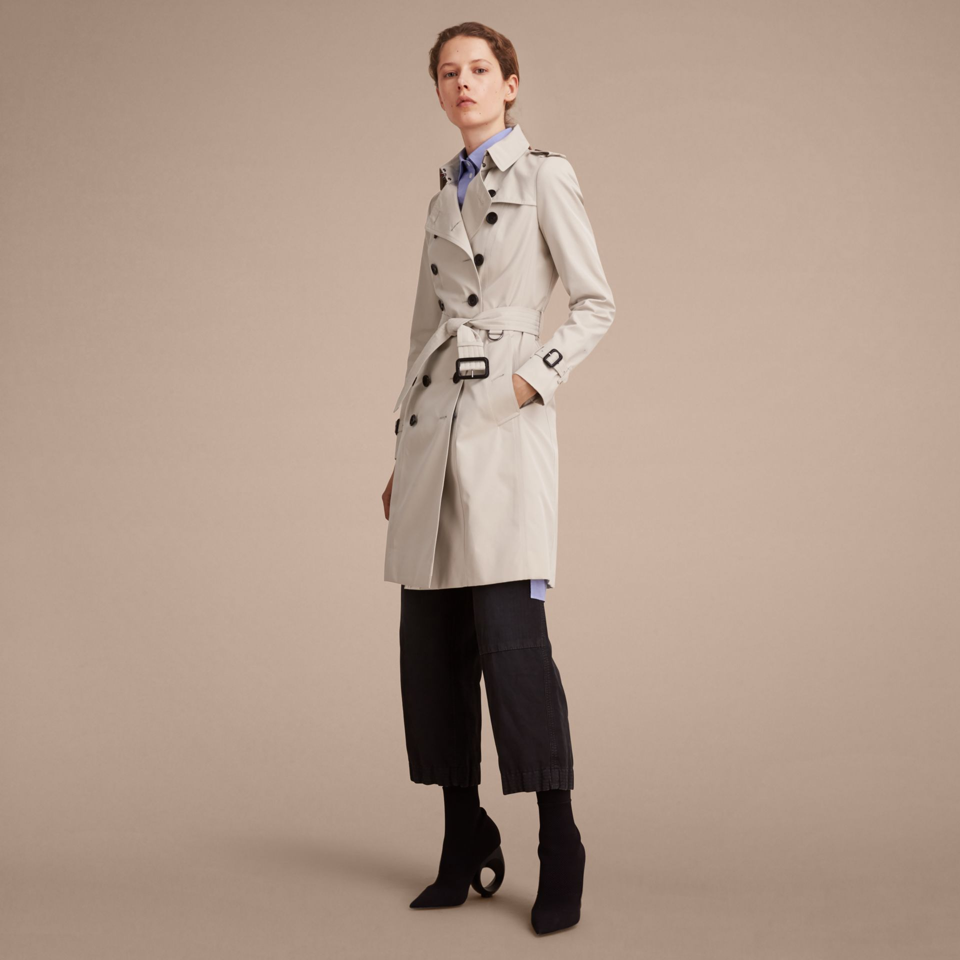 Stone The Chelsea – Long Heritage Trench Coat Stone - gallery image 7