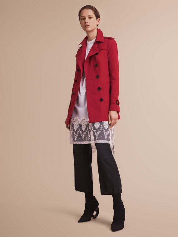 The Sandringham – Short Heritage Trench Coat Parade Red