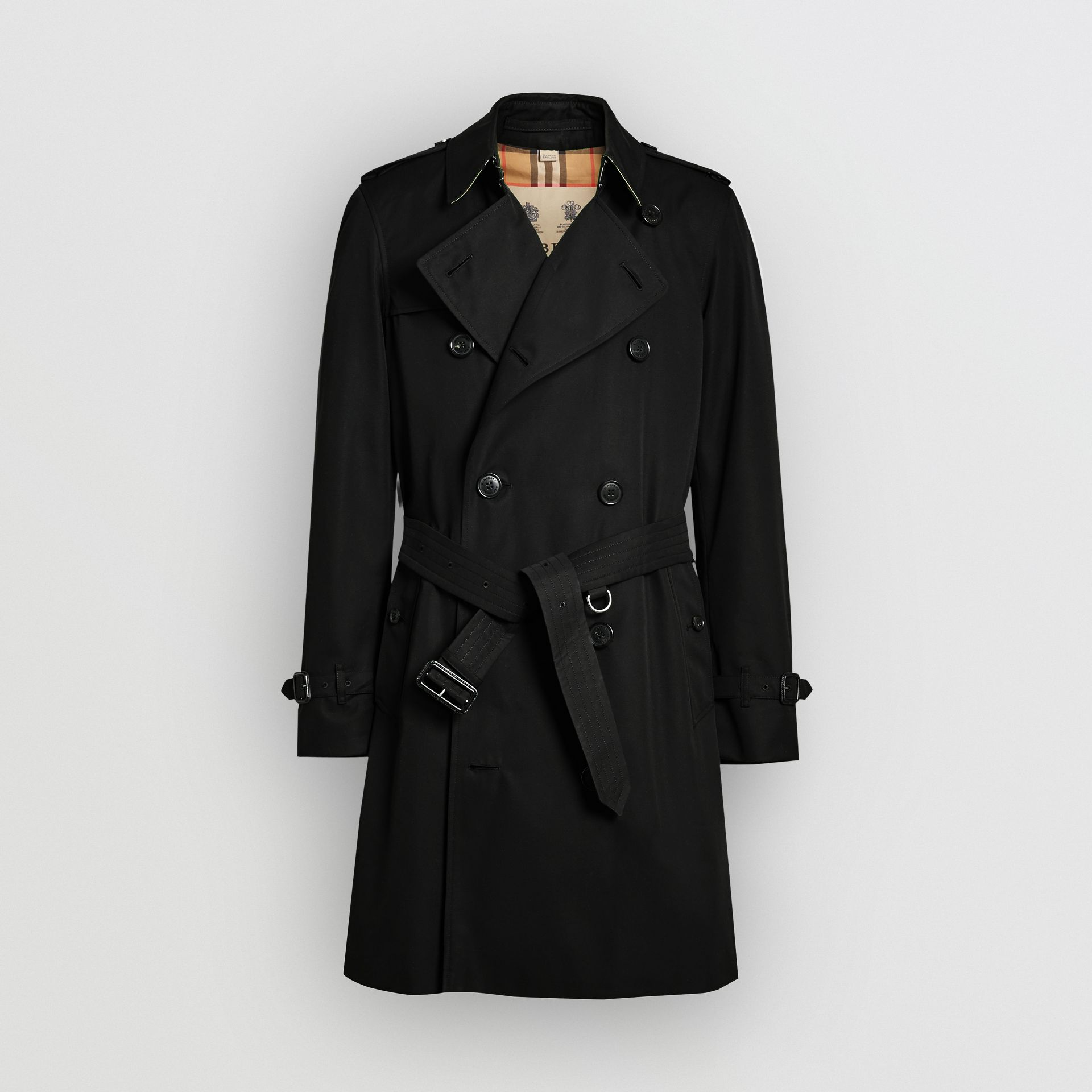 The Chelsea Heritage Trench Coat in Black - Men | Burberry Singapore - gallery image 3