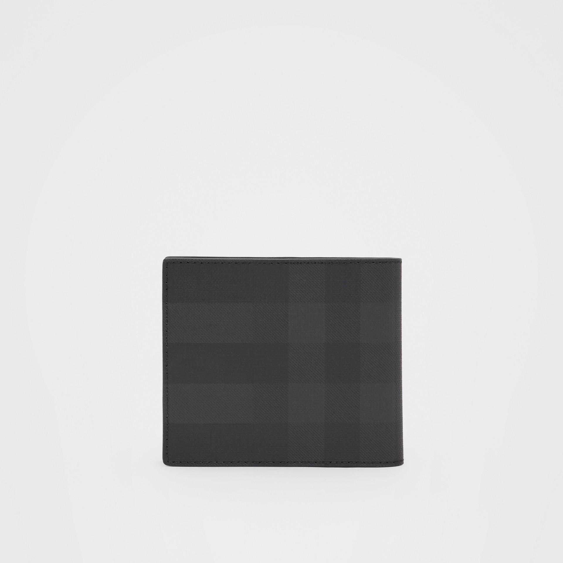 Portefeuille à rabat multidevise London check avec logo (Anthracite Sombre) - Homme | Burberry - photo de la galerie 4