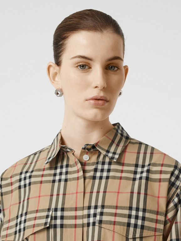Short-sleeve Vintage Check Cotton Oversized Shirt in Archive Beige - Women | Burberry United Kingdom - cell image 1