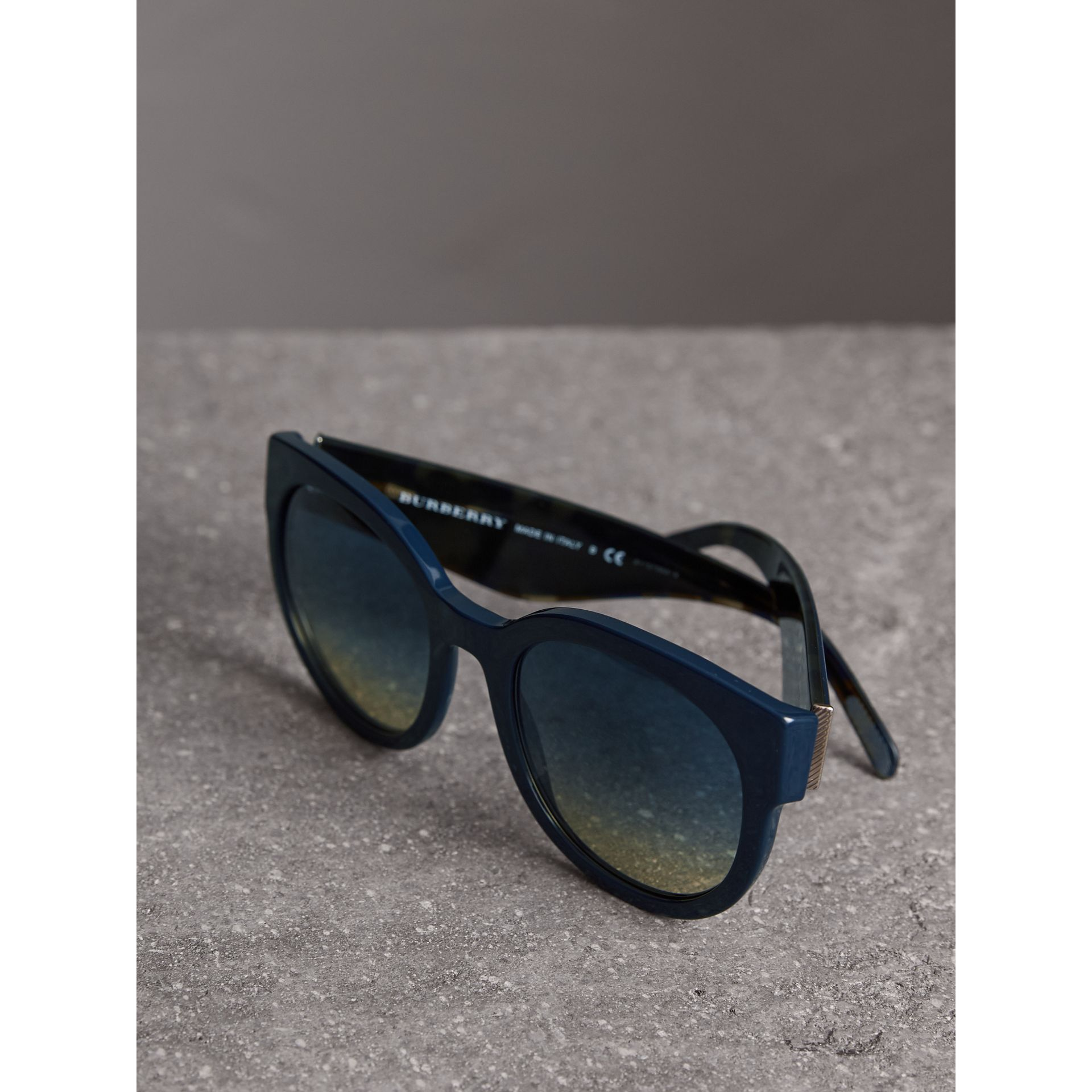 Round Frame Sunglasses in Navy - Women | Burberry - gallery image 2