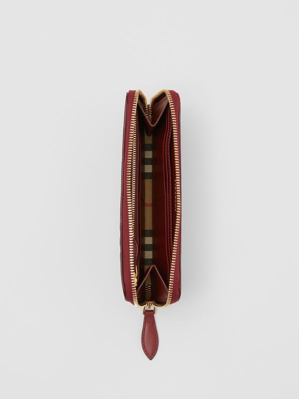 Vintage Check and Leather Ziparound Wallet in Crimson - Women | Burberry Singapore - cell image 3