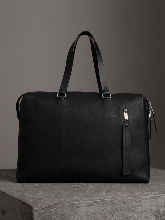 Embossed Grainy Leather Holdall in Black