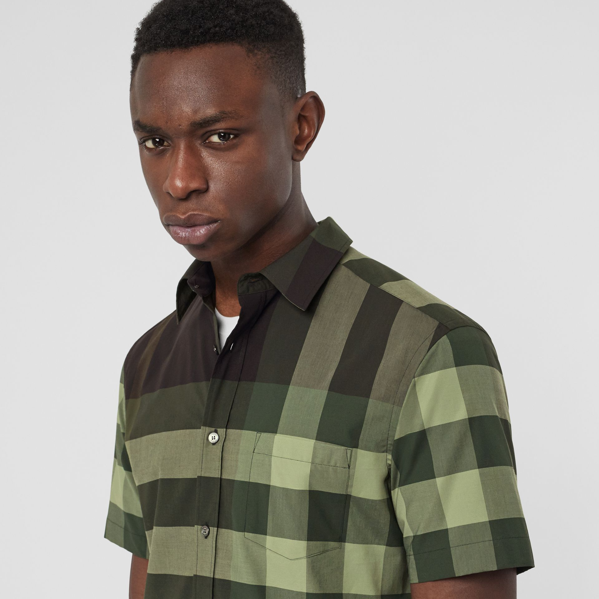 Short-sleeve Check Stretch Cotton Shirt in Dark Forest Green - Men | Burberry - gallery image 1