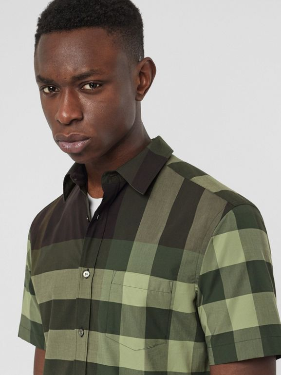 Short-sleeve Check Stretch Cotton Shirt in Dark Forest Green - Men | Burberry - cell image 1