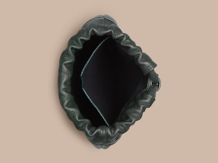 Vert forêt sombre Pochette à lien coulissant en cuir grainé Vert Forêt Sombre - cell image 1